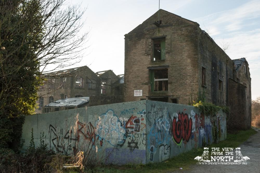 Westwood Mill, Linthwaite, 15-12-2008 020.jpg