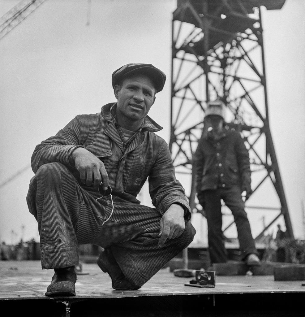 Bethlehem-Fairfield shipyards, Baltimore, Maryland. A shipyard worker