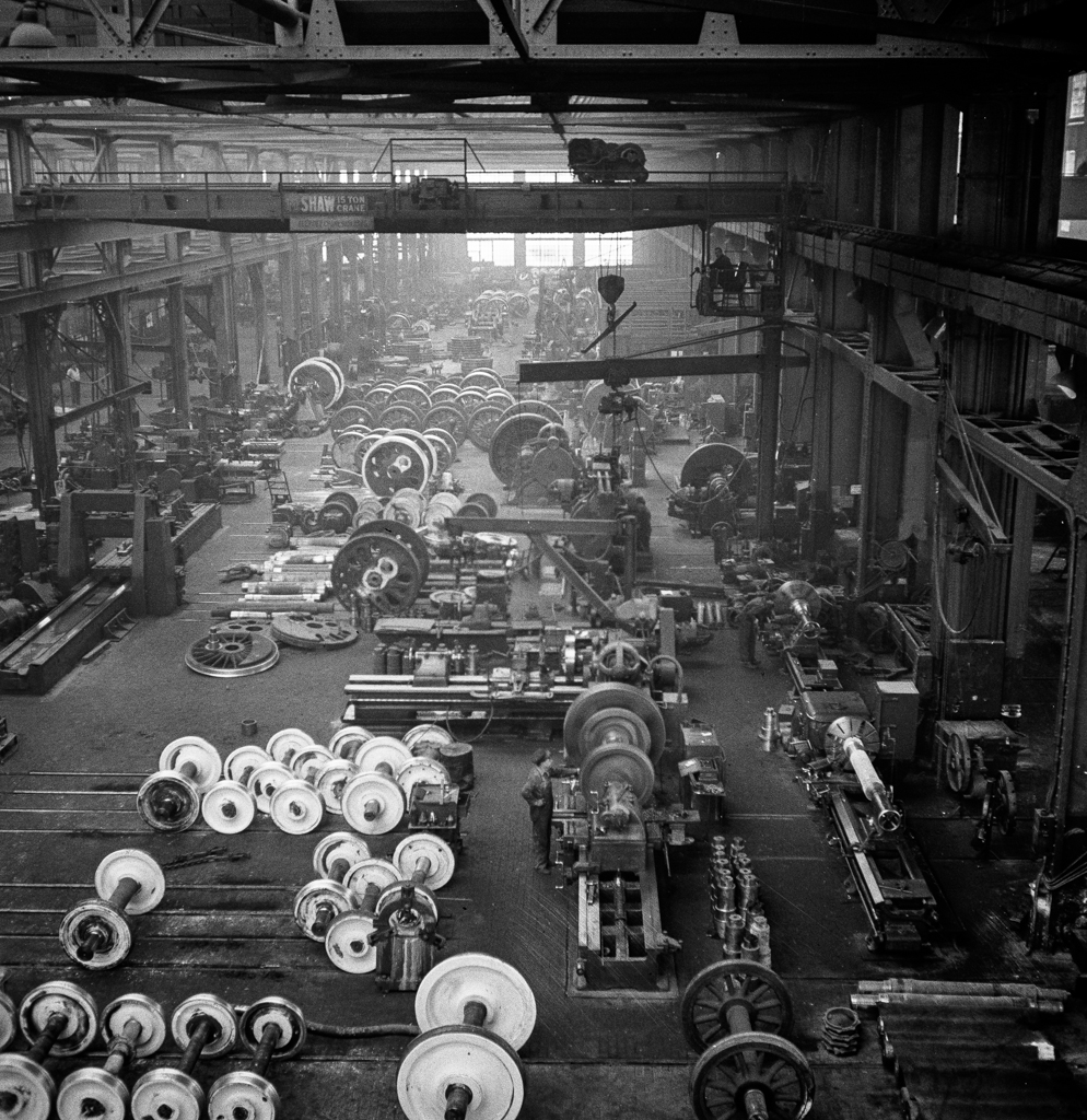 Albuquerque, New Mexico. In the wheel shop of the Atchison, Topeka and Santa Fe Railroad shop