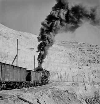 Bingham Canyon, Utah. Ore train at a mine of the Utah Copper Company-Edit
