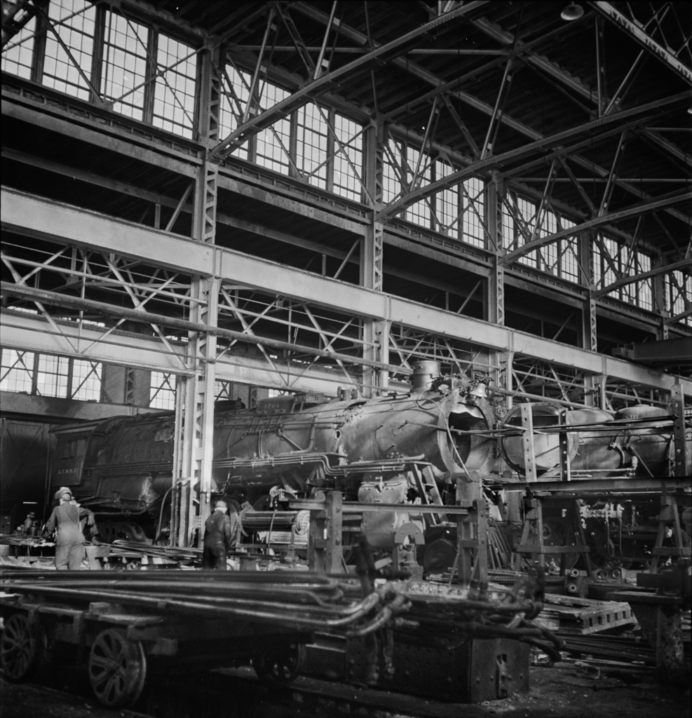 Clovis, New Mexico. General view of locomotive shops in the Atchison, Topeka and Santa Fe Railroad yard v2