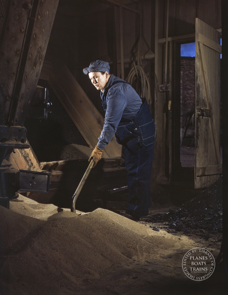 Chicago and North Western R.R., Mrs. Thelma Cuvage, working in the sand house at the roundhouse, Clinton, Iowa